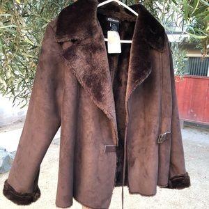 NWT VTG E Studio women's Coat, Size L